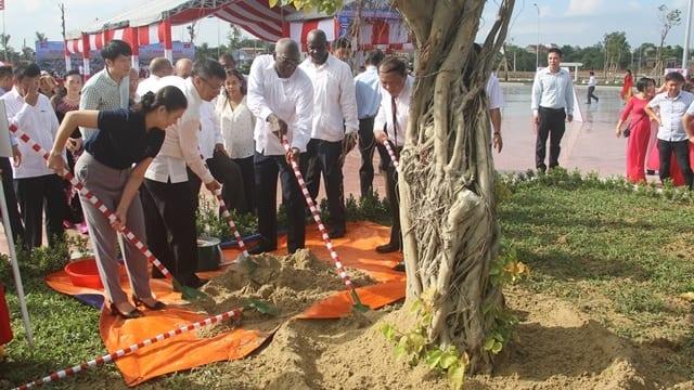 Công ty tổ chức lễ khánh thành chuyên nghiệp tại Quảng Trị | Khánh thành Công viên Fidel tại thành phố Đông Hà
