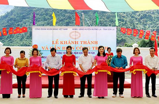 Tổ chức lễ khánh thành tại Sơn La | Khánh thành điểm Trường Tiểu học và Mầm non bản Piệng