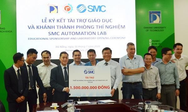 Tổ chức lễ khánh thành giá rẻ tại Đà NẵngIKhánh thành Phòng thí nghiệmSMC Automation Lab