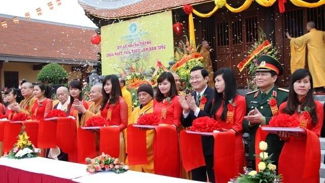 Tổ chức lễ khánh thành giá rẻ tại Cao BằngIKhánh thành Chùa Phật Tích Trúc Lâm Bản Giốc