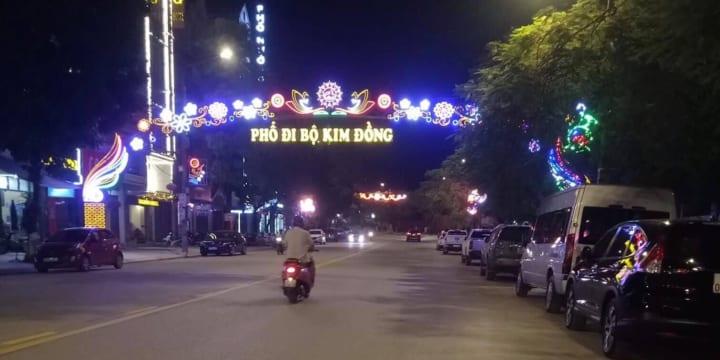 Tổ chức lễ khai trương giá rẻ tại Cao BằngItổ chức Lễ cắt băng khai trương Phố đi bộ và khánh thành Chợ ẩm thực Thành phố Cao Bằng