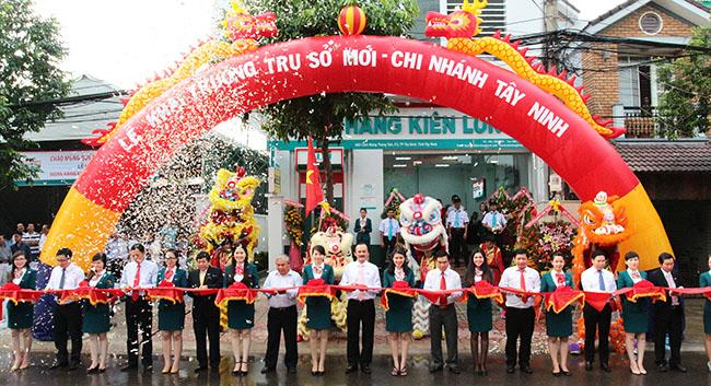 Công ty tổ chức lễ Khai trương giá rẻ tại Tây Ninh I Lễ khai trương Ngân hàng TMCP Kiên Long